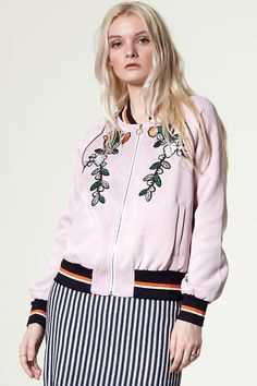 Sui Pink Bomber jacket Discover the latest fashion trends online at storets.com