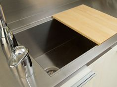 Custom integral stainless sink by Focal Metals