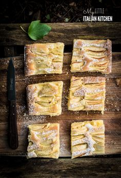 Place the apple slices on top and press them so that they touch the bottom of the tin. Apple Cake Recipes, Apple Desserts, Baking Recipes, Dessert Recipes, Apple Cakes, Dessert Tarts, Fall Desserts, Baking Ideas, Cookie Recipes