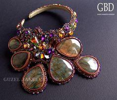 Amazing bead embroidery of Guzel Bakeeva.  See more on beadsmagic.com