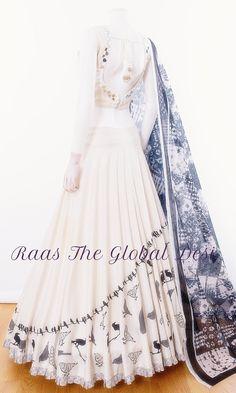 Indian Wedding Gowns, Indian Wedding Fashion, Indian Fashion Dresses, Indian Bridal Outfits, Indian Gowns Dresses, Dress Indian Style, Indian Designer Outfits, Garba Dress, Choli Dress