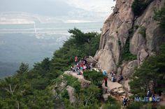 나정문화사 :: 서남산, 삼릉계곡 마애석가여래좌상 Gyeongju, Water, Outdoor, Gripe Water, Outdoors, Outdoor Games, The Great Outdoors