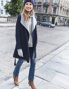 Inspiration for a double faced coat with draped front like Lisette B6244.