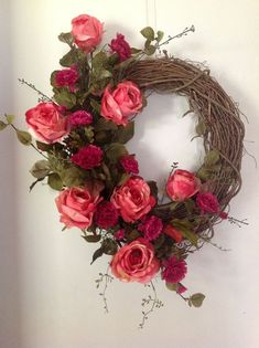 100 Lovely Handmade Valentine Wreath Design On A Budget Wreath Crafts, Diy Wreath, Flower Crafts, Grapevine Wreath, Wreath Ideas, Diy Valentines Day Wreath, Valentine Decorations, Fabric Wreath, Summer Wreath
