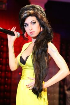 Madame Tussauds Wax Museum♣Amy winehouse waxed♣ツ Madame Tussauds, Amy Jade Winehouse, British Royal Family Members, Forensic Facial Reconstruction, Amazing Amy, Wax Museum, Hollywood, Berlin, Famous Celebrities