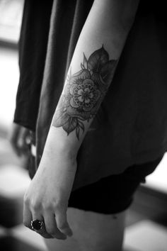 Tattoo - Arm - Flower