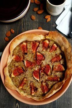 fresh figs& almonds cream tart