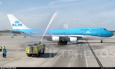 "The final departure for KLM Queen to IAH after 46 years of flying a 747 variant. While rookies will be happy and throwing a party for a ""new"" plane kind, I'll be super sorry to loose yet another Jumbo Jet operation. Thank you KLM for all the wonderful years.. PH-BFV. Boeing 747-406(M). JetPhotos.com is the biggest database of aviation photographs with over 3 million screened photos online!"