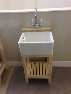 Baby Belfast Sink , Pine Stand & Ledge , Lever Taps & Waste - Brand New £425