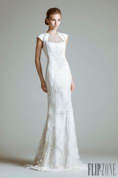 Tony Ward - Novias - Colección 2014 - http://es.flip-zone.com/fashion/bridal/couture/tony-ward-4062