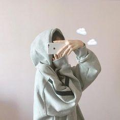 Ulzzang Korean Girl, Cute Korean Girl, Asian Girl, Ulzzang Short Hair, Ullzang Girls, Cute Girls, Girl Photography Poses, Tumblr Photography, Korean Aesthetic