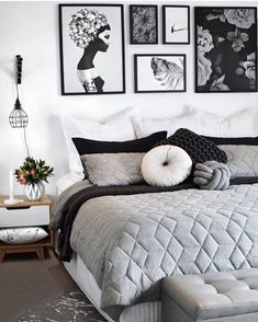 25 Black and White Bedrooms Interior Design Trends for 2019 Bedroom Decoration black and white bedroom decor Black White Bedrooms, White Bedroom Decor, White Home Decor, Home Bedroom, Nordic Bedroom, Bedroom Black, Black Bedding, Black Decor, Master Bedroom