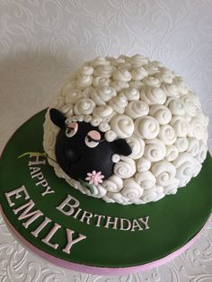 Baby shower lamb cake ideas elegant sheep cake ΑναζΠτησÎ. Cupcakes, Cupcake Cakes, Shaun The Sheep Cake, Lamb Cake, Animal Cakes, Character Cakes, Novelty Cakes, Occasion Cakes, Cake Decorating Techniques