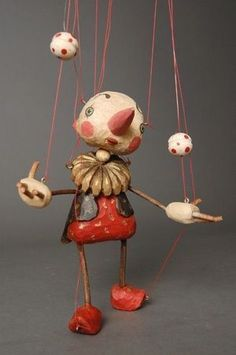 Zongler marionette by Japanese puppet maker Sota Sakuma. via Puppet House - Zongler marionette by Japanese puppet maker Sota Sakuma. via Puppet House Zongler marionette by Japanese puppet maker Sota Sakuma. via Puppet House Pinocchio, Antique Toys, Vintage Toys, Paper Dolls, Art Dolls, Marionette Puppet, Paper Mache Crafts, Puppet Making, Shadow Puppets