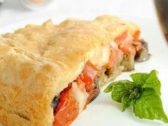 Torta Salata con Melanzane, Pomodori e Caciocavallo