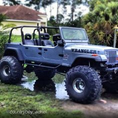 A 4 door yj? Awesome fab work right there