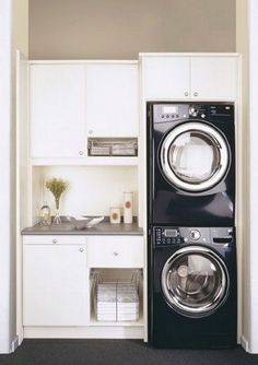 Who says that having a small laundry room is a bad thing? These smart small laundry room design ideas will prove them wrong. Laundry Room Layouts, Laundry Room Remodel, Laundry Room Cabinets, Laundry Room Organization, Laundry Room Design, Laundry Storage, Diy Cabinets, Small Utility Room, Small Laundry Rooms