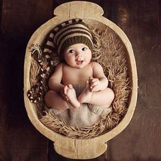 Christmas Hat Baby Handmade Beanies Striped Costume Knitted Newborn Long Tail Crochet Newborn Photography Props Hat 0-4months #newbornphotography