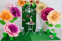 Backdrop with large paper flowers