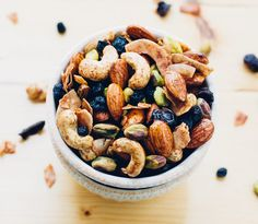 Power-Packed Maple Cinnamon Trail Mix, 174cal, 13g total fat, 17mg sodium, 14g carbohydrate, 6g sugar, 5g protein