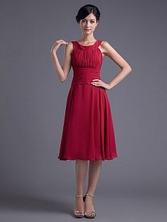 Round Neckline Chiffon Knee Length Party Dress with Ruched Bodice - USD $86.69