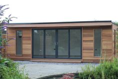 Browse the gallery of hand crafted Cedar clad wooden garden buildings used as garden rooms, garden offices, studios, home gyms and treatment rooms.