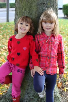 Children photography sisterly love