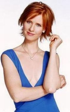 Cynthia Nixon is naturally blonde. She dyed her hair ginger to play Miranda. Isabelle Huppert, Work Hairstyles, Elegant Hairstyles, Veronique Genest, Cynthia Nixon, Golden Blonde, Good Hair Day, Beautiful Redhead, Carrie Bradshaw