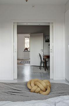 stylish home with warm details via coco lapine design blog wohnzimmer wohnen design