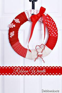 How to make a ribbon wreath - Debbiedoo's