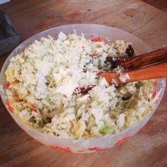 We hadden nog een witte kool liggen. Wat maak je daarmee? Een gezonde salade. #wittekool #zontomaat #appel #feta kaas #healthy #gezond #chicascooking