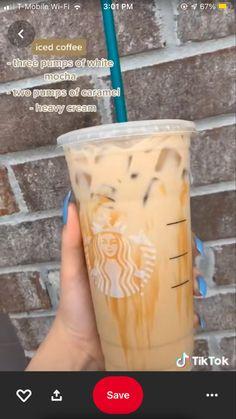 Starbucks Hacks, Starbucks Secret Menu Drinks, Starbucks Coffee, Iced Coffee, Coffee Drinks, Bebidas Do Starbucks, Healthy Starbucks Drinks, Yummy Drinks, How To Order Starbucks