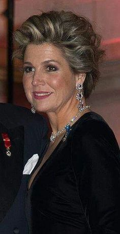Queen Máxima of The Netherlands at a concert and a reception for President François Hollande - Beautiful Gowns, Beautiful Women, Queen Maxima, Royal Jewels, Dutch Royalty, Royal Fashion, King Queen, Hair Color, Daughter
