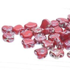 Ginko : GNK8793200-43500 - Opaque Red Rembrandt - 25 Beads Beads Direct, Crystal Shop, Bead Shop, Rembrandt, Bead Weaving, Red And Pink, Shapes, Crystals, Czech Republic