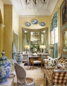 French country dressing room....