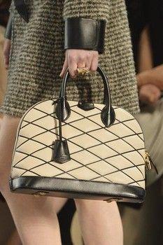 Louis Vuitton Fall 2014 #handbags #style #fashion