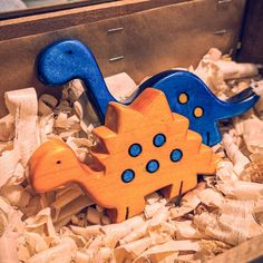 #WoodworkingFurniturePopularMechanics Woodworking As A Hobby, Woodworking Furniture, Woodworking Plans, Woodworking Projects, Plywood Furniture, Furniture Design, Dinosaur Toys, Dinosaur Stuffed Animal, Dinosaurs