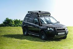 Kicking off the week with some Freelander love! Freelander 2, Land Rover Freelander, Royal Enfield Modified, Subaru Forester, Land Rovers, Bobbers, Offroad, Cool Cars, Motors