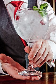 Gintonic Perfect Serve
