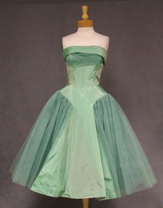 Will Steinman Mint Taffeta & Tulle Prom Dress - Vintageous, LLC Vintage Prom, Vintage Mode, Vintage Gowns, Vintage Clothing, 1950s Prom Dress, 50s Dresses, Pretty Dresses, Beautiful Dresses, Wedding Dresses