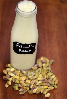 You can make kefir with a variety of nut and seed milks. Pistachio is especially creamy and unique! Kefir Yogurt, Vegan Yogurt, Vegan Milk, Kefir Milk, Water Kefir, Best Probiotic, Probiotic Foods, Fermented Foods, Vegans