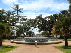 The Strand, Townsville, Queensland, Australia Brisbane Queensland, Queensland Australia, Tropic Of Capricorn, Beautiful Homes, Beautiful Pictures, Castle, Tropical, Memories, Island