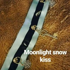 Moonlight snow kiss collar. New releases this weekend