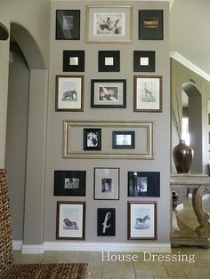 House Dressing: Floor to Ceiling Wall Gallery Inspiration Wand, Decoration Photo, Dining Room Paint, Family Wall, Family Pics, Sweet Home, House Design, Interior Design, House Styles