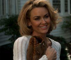 Love her hair (Kelly carlson)