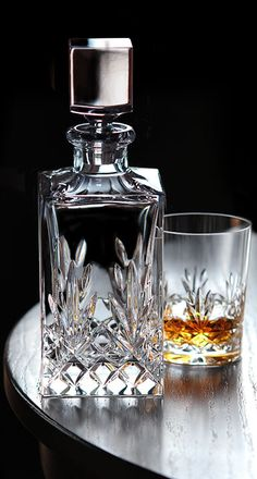 Cashs Crystal Annestown Single Malt Square Decanter