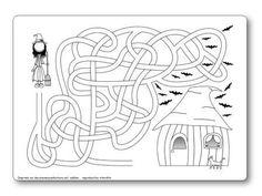 http://dessinemoiunehistoire.net/Labyrinthe Halloween sorcière vers maison hantée