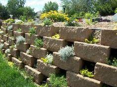 Resultat d'imatges de como decorar un jardin con piedras naturales