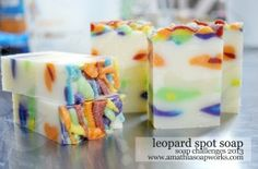 Rainbow Leopard Print Soap - video tutorial on page. Learn from the soap artist's mistake (she points out): make sure to leave plenty of plain soap in the main pot! She had to make another batch on the fly because there wasn't enough. D'oh! Great video showing the technique, though, worth watching before attempting this pattern.
