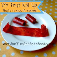 diy healthy fruit roll up, toddler snack ideas, strawberry fruit roll up homemade